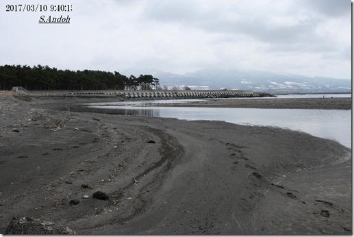 79砂に沈む突堤